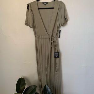 Lulus olive wrap dress NEW NEVER WORN